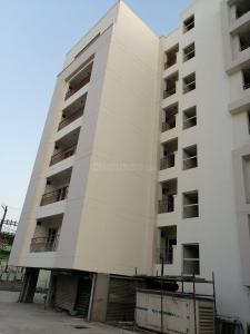 Gallery Cover Image of 1065 Sq.ft 2 BHK Apartment for buy in North Malaka for 4050000