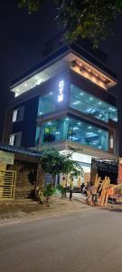 Gallery Cover Image of 6700 Sq.ft 1 BHK Independent House for buy in Gajularamaram for 19000000