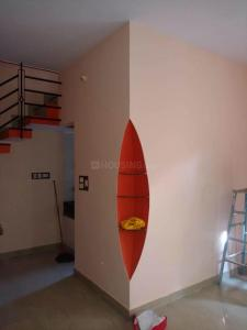 Gallery Cover Image of 800 Sq.ft 2 BHK Independent Floor for rent in Azad Nagar for 11500