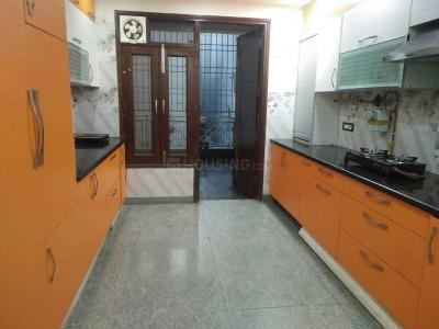 छत्तरपुर में सारा होम के किचन की तस्वीर
