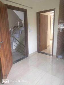 Gallery Cover Image of 700 Sq.ft 2 BHK Independent Floor for rent in Sector 19 Dwarka for 20000