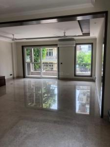 Gallery Cover Image of 2100 Sq.ft 3 BHK Independent Floor for buy in Chittaranjan Park for 39000000