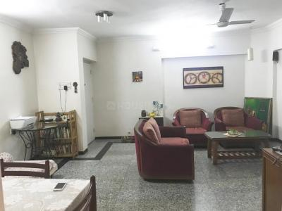 Gallery Cover Image of 1052 Sq.ft 2 BHK Apartment for rent in Goregaon East for 50000
