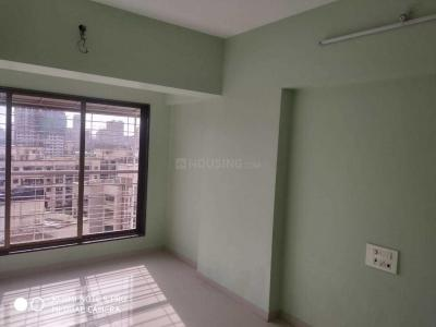 Gallery Cover Image of 870 Sq.ft 2 BHK Apartment for rent in Kandivali West for 32000