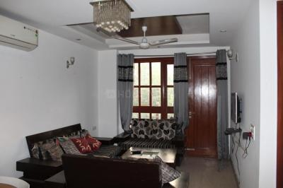 Gallery Cover Image of 2070 Sq.ft 3 BHK Independent Floor for buy in Sant Nagar for 18000000