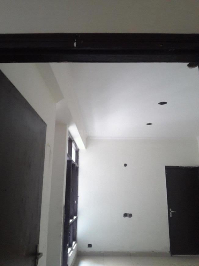 Main Entrance Image of 850 Sq.ft 2 BHK Apartment for buy in Shahberi for 2100000
