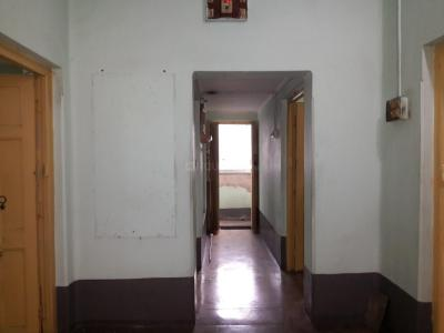 Gallery Cover Image of 1200 Sq.ft 3.5 BHK Apartment for rent in Tollygunge for 15000