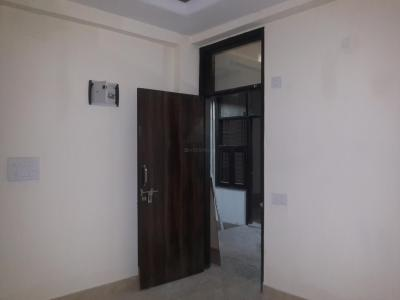 Gallery Cover Image of 560 Sq.ft 2 BHK Apartment for rent in Sector 4 Rohini for 9600