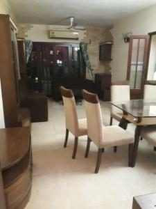 Gallery Cover Image of 1650 Sq.ft 2 BHK Apartment for rent in Andheri West for 80000