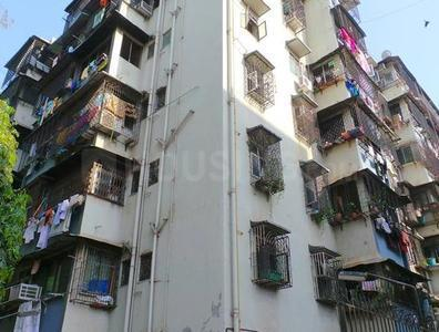 Gallery Cover Image of 930 Sq.ft 2 BHK Apartment for buy in Goregaon West for 15000000