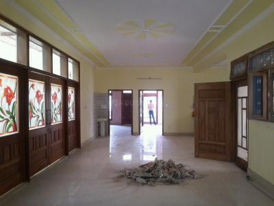 Gallery Cover Image of 3766 Sq.ft 4 BHK Independent Floor for rent in Shakti Khand for 55000