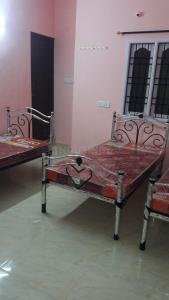 पोरूर में एसएम जैंट्स पीजी में बेडरूम की तस्वीर