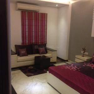 Gallery Cover Image of 1800 Sq.ft 3 BHK Apartment for rent in Vasant Kunj for 44000