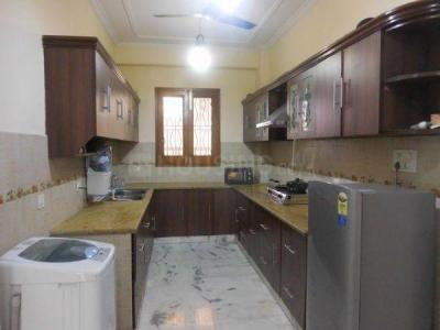 Kitchen Image of Luxurious Paying Guest Accommodations In Powai Hiranandani in Powai