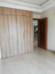 Gallery Cover Image of 3600 Sq.ft 4 BHK Apartment for buy in Royal Court, Sector 39 for 16500000