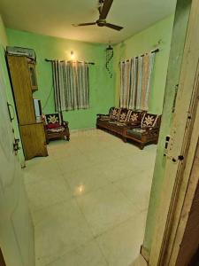 Living Room Image of 600 Sq.ft 1 BHK Apartment for rent in Wonder Bharati Vihar, Dhankawadi for 7000