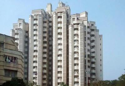 Gallery Cover Image of 2700 Sq.ft 3 BHK Apartment for rent in Unitech Ivory Tower, Sector 41 for 55000