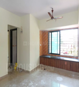 Gallery Cover Image of 615 Sq.ft 1 BHK Apartment for rent in Kandivali East for 20000