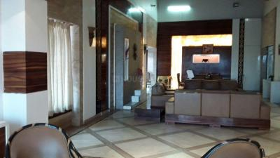 Gallery Cover Image of 5300 Sq.ft 5 BHK Villa for buy in Malad West for 450000000
