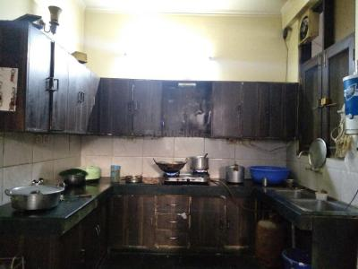 Kitchen Image of Sri Shyam PG in Sector 39