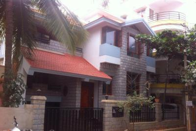 Gallery Cover Image of 3100 Sq.ft 4 BHK Independent House for rent in RMV Extension Stage 2 for 95000