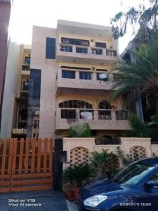 Gallery Cover Image of 1700 Sq.ft 3 BHK Independent Floor for rent in Sector 46 for 21000