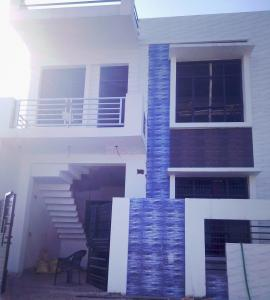 Gallery Cover Image of 852 Sq.ft 2 BHK Independent House for buy in Jankipuram Extension for 3400000