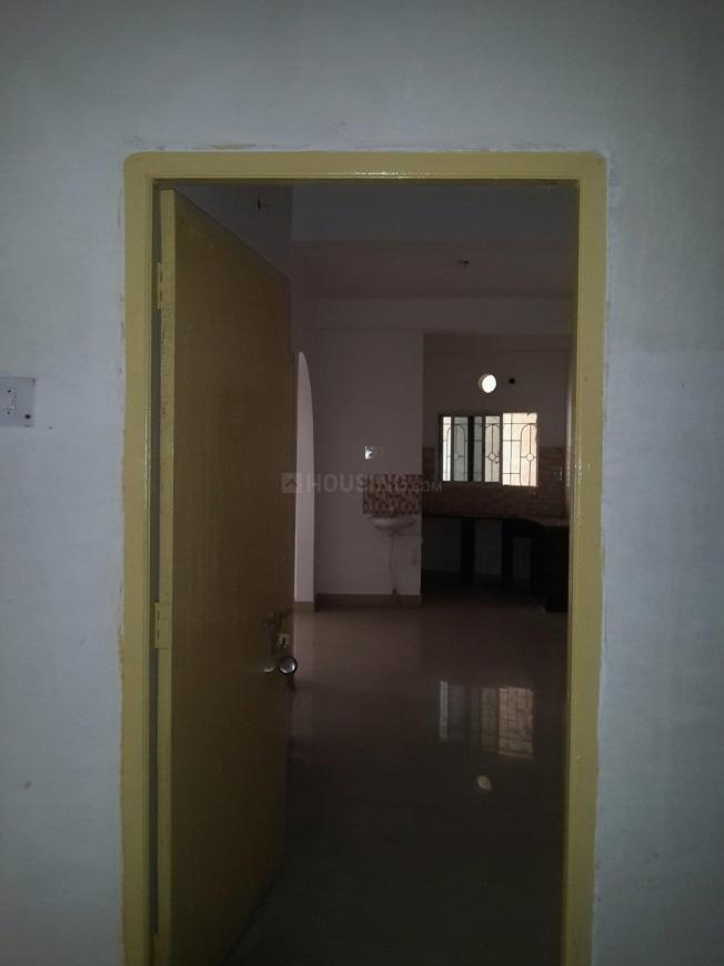 Main Entrance Image of 930 Sq.ft 2 BHK Apartment for rent in Baghajatin for 13000