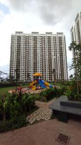 Gallery Cover Image of 1100 Sq.ft 2 BHK Apartment for buy in Regency Anantam, Dombivli East for 6295000