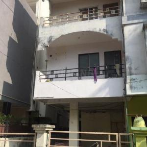 Gallery Cover Image of 958 Sq.ft 2 BHK Apartment for buy in Indra Puri Colony for 2550000