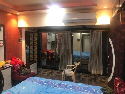 Gallery Cover Image of 2000 Sq.ft 3 BHK Apartment for rent in Om Vinayak Plaza A B C D, Dombivli East for 23000