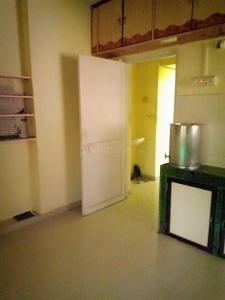 Gallery Cover Image of 500 Sq.ft 1 RK Apartment for rent in Borivali West for 15000