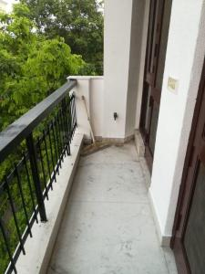 Gallery Cover Image of 1900 Sq.ft 3 BHK Independent Floor for rent in South Extension II for 60000