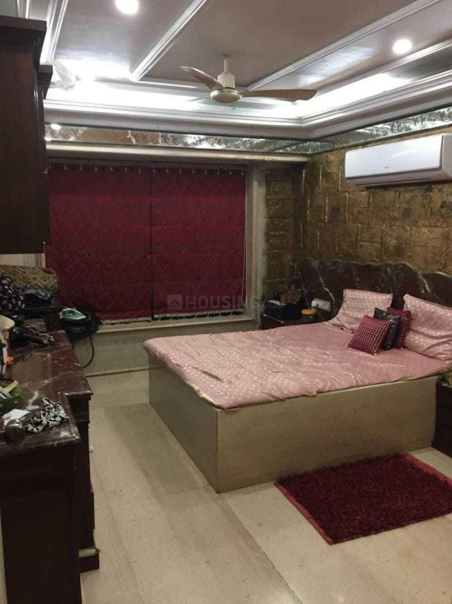 Bedroom Image of 800 Sq.ft 2 BHK Apartment for rent in Andheri West for 50000