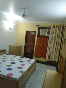 Gallery Cover Image of 1800 Sq.ft 4 BHK Apartment for rent in Shivkala Apartment, Sector 51 for 38000