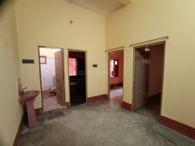 Gallery Cover Image of 1000 Sq.ft 2 BHK Independent House for rent in Dum Dum Cantonment for 8000