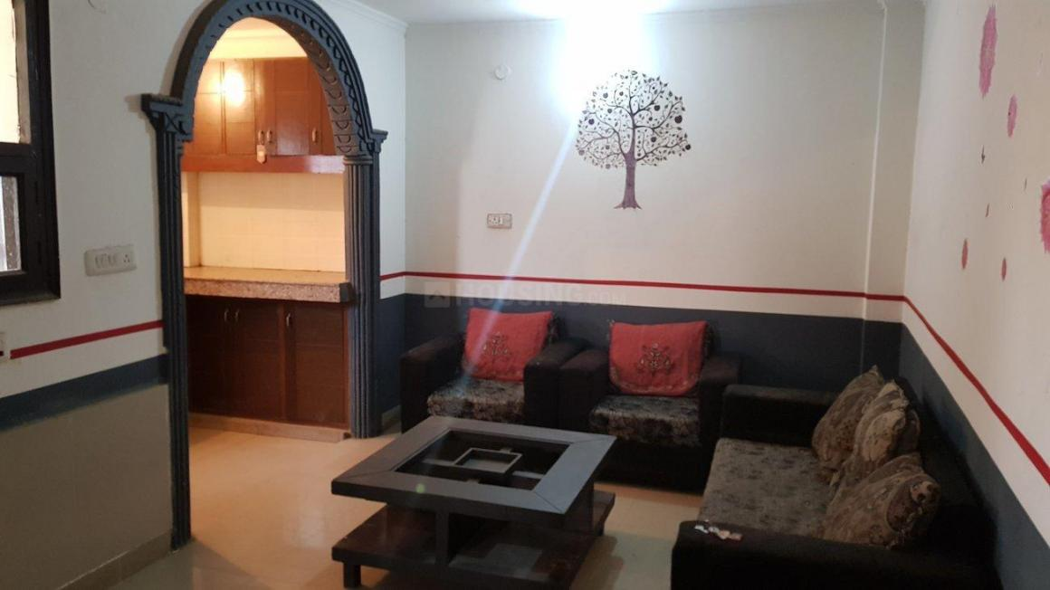 Living Room Image of 700 Sq.ft 1 BHK Apartment for rent in Chhattarpur for 16000