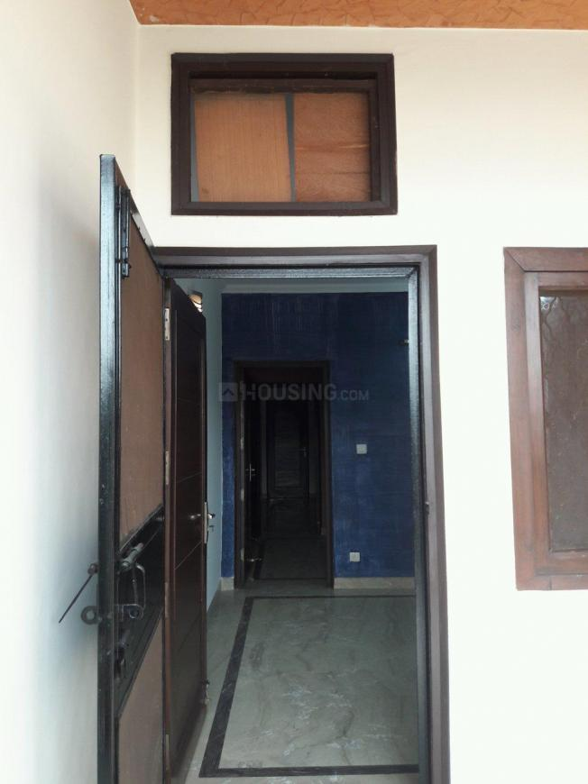Main Entrance Image of 900 Sq.ft 2 BHK Apartment for rent in Lajpat Nagar for 24500