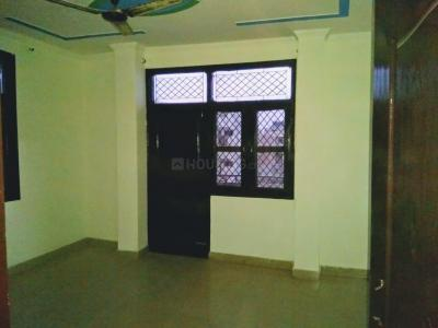 Gallery Cover Image of 1500 Sq.ft 3 BHK Apartment for rent in Mahavir Enclave for 20000