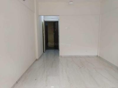 Gallery Cover Image of 1390 Sq.ft 3 BHK Apartment for buy in Royal Classic, Andheri West for 32500000