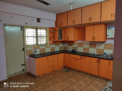 Gallery Cover Image of 1020 Sq.ft 2 BHK Apartment for rent in Mahaveer Regal, Hoodi for 21000