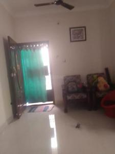 Gallery Cover Image of 740 Sq.ft 2 BHK Apartment for rent in Madambakkam for 8000