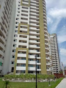 Gallery Cover Image of 3195 Sq.ft 3 BHK Apartment for buy in Laureate Parx Laureate, Sector 108 for 20100000
