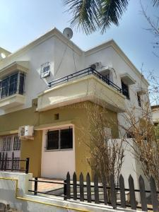 Gallery Cover Image of 2560 Sq.ft 4 BHK Villa for rent in Wakad for 40000