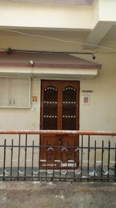 Gallery Cover Image of 912 Sq.ft 1 BHK Independent House for rent in Chandkheda for 7500