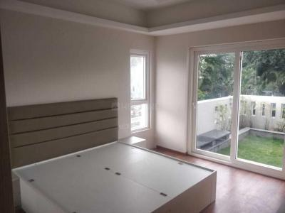 Gallery Cover Image of 2480 Sq.ft 3 BHK Apartment for rent in Hosakerehalli for 100000