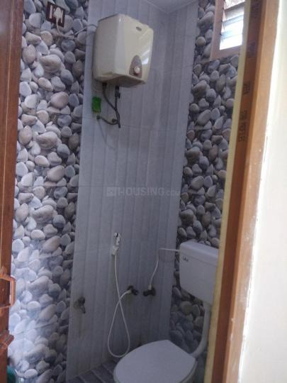Common Bathroom Image of 1500 Sq.ft 2 BHK Independent House for rent in Perungalathur for 12000