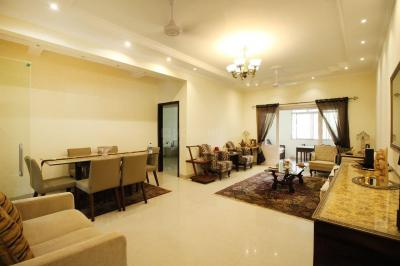 Gallery Cover Image of 2000 Sq.ft 3 BHK Apartment for rent in Bandra West for 200000