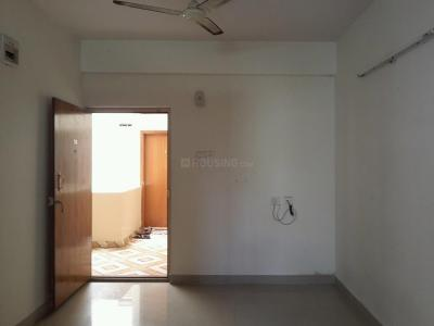 Gallery Cover Image of 900 Sq.ft 2 BHK Apartment for rent in Kartik Nagar for 19000
