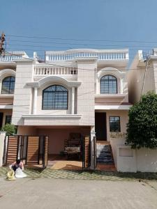 Gallery Cover Image of 2350 Sq.ft 3 BHK Independent House for buy in Space World Arihant Nagar, Sarona for 7200000